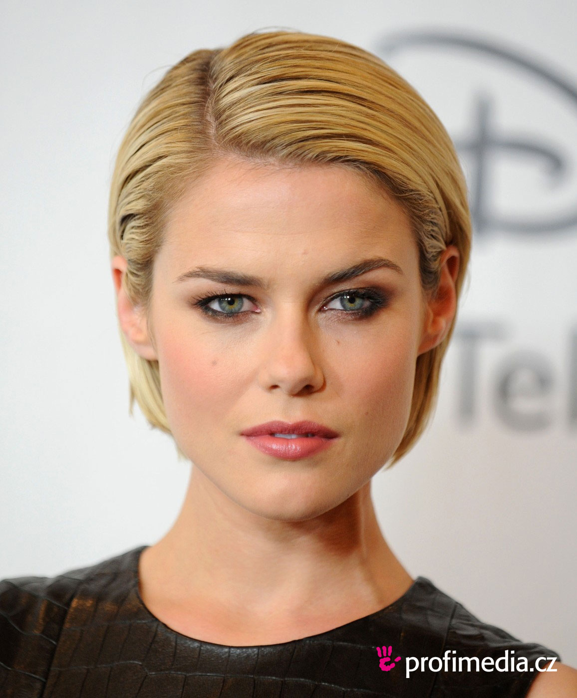 Rachael Taylor to Join...
