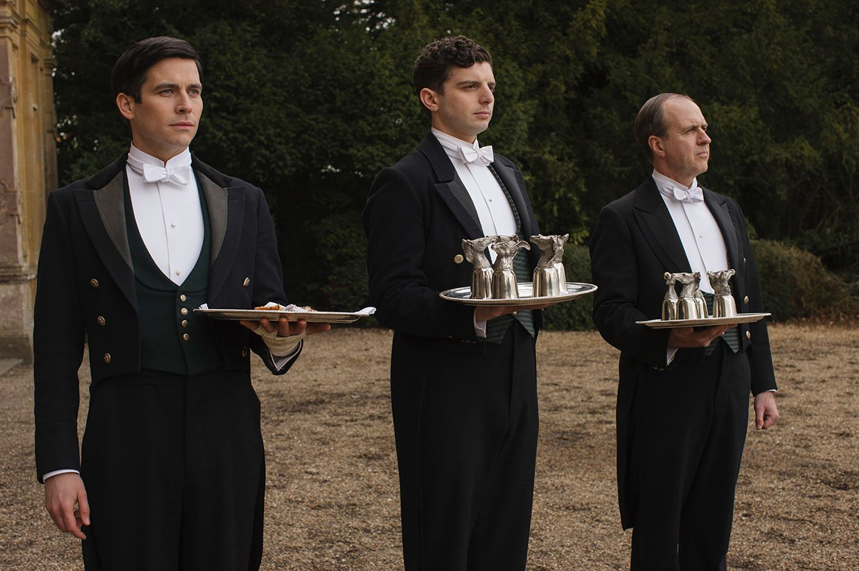 First Photos From The Final Season Of Downton Abbey Are