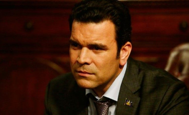 'Jane The Virgin' Casts Ricardo Chavira as Xo's Love Interest