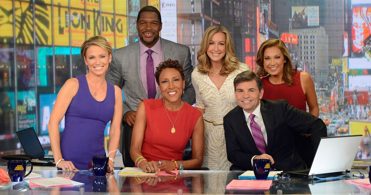 Good Morning America Former Hosts : Michael strahan debuts as co host on good morning america