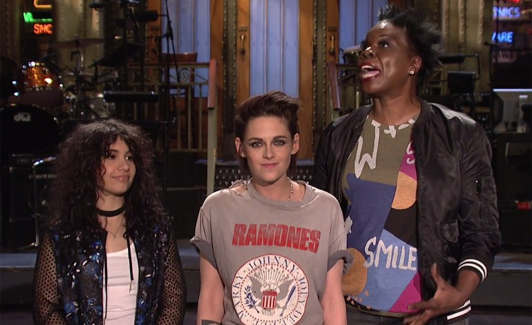 Kristen Stewart Spices Up 'SNL' Monologue With F-Bomb