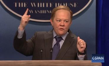 Melissa McCarthy Surprises on 'SNL' as Sean Spicer