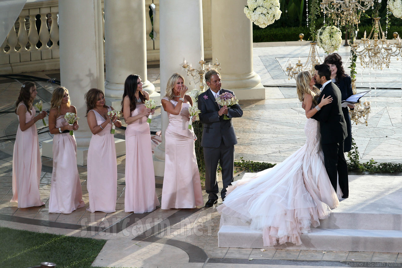 Real Housewives Star Gets Married