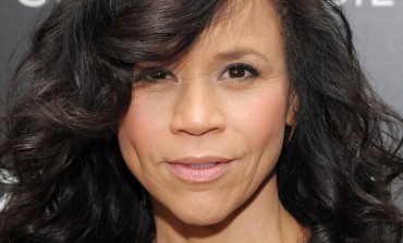 Host Rosie Perez Announces Her Exit From 'The View'
