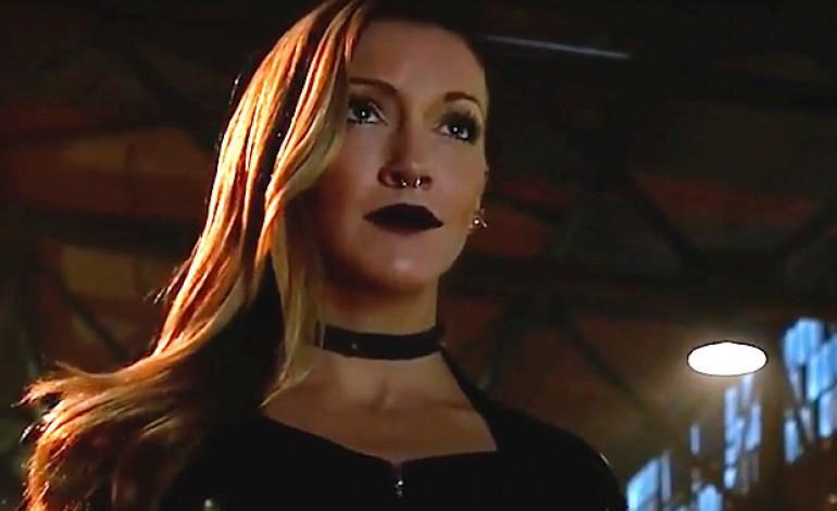 Katie Cassidy Is Returning to 'Arrow' As A Season 6 Regular