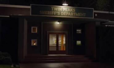 'Twin Peaks' Season 3 Teaser Speaks Volumes Without Saying A Word
