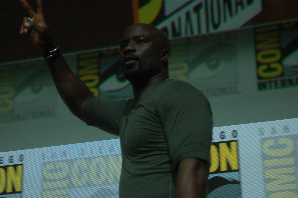 Mike-Colter-San-Diego-Comic-Con-2017-1